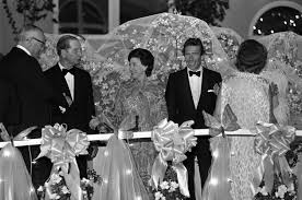 lord snowdon ex husband of princess margaret dies at 86 worldnews