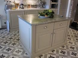 meuble cuisine zinc meuble dessus zinc cuisine cagne photo de des idées cuisines