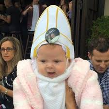 Laughing Baby Meme - baby dressed as pope makes pope francis laugh popsugar moms