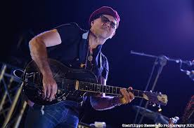 Blind Guitarist From Roadhouse Peter Karp About