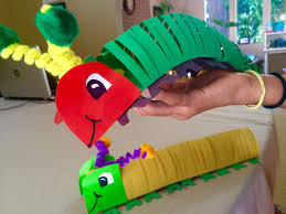 How To Make A Paper Worm - how to make a caterpillar that