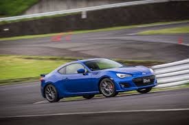 subaru brz body kit 2017 subaru brz first drive review motor trend