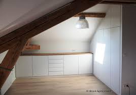 bureau sous pente meuble de rangement sous pente wood agencement wood agencement