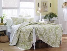 Amazon King Comforter Sets Amazon Com Laura Ashley Rowland Quilt Set King Sage King