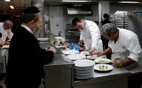 cuisine casher un chef français relève le défi de la gastronomie casher à jérusalem