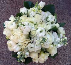 bulk wedding flowers wholesale wedding flowers wedding corners