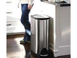 30 gallon trash can with foot pedal 30 gallon trash can with