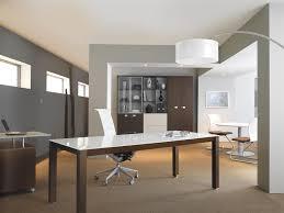 id d o bureau professionnel bureau professionnel design avec plateau laqué blanc modèle kalos