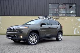 survival jeep cherokee 2014 jeep cherokee limited winter fear and winter gear photo gallery