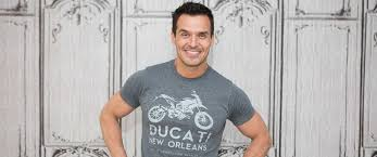 comment cr r un bureau d ude actor antonio sabato jr about run for congress inspiration