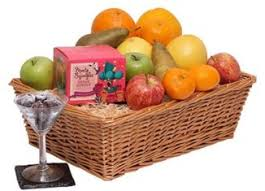 fresh fruit basket delivery deliver a fresh fruit basket to your near and dear ones through