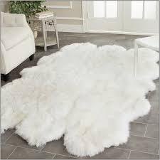 White Bathroom Rugs White Fuzzy Bathroom Rug Rugs Home Decorating Ideas Hash