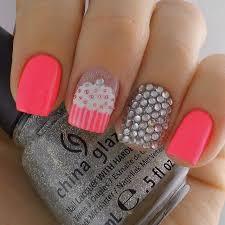 imagenes de uñas pintadas pequeñas 20 diseños de decoración para uñas que son cortas