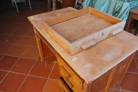 repeindre un bureau repeindre un bureau trendy donc voici la bte un simple bureau ikea