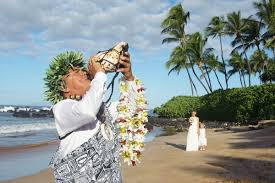 hawaiian weddings wedding planner for small weddings intimate
