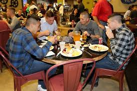 smp serves thanksgiving dinner to marines family members 2nd