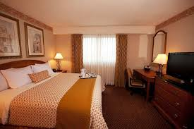 Two Bedroom Hotel Suites In Chicago Hotel Embassy Suites Chicago Schaumburg Il Booking Com