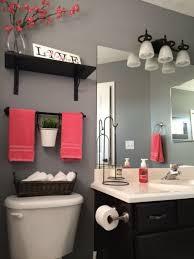 apartment bathroom designs 10 savvy apartment bathrooms hgtv best