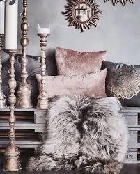 Glam Bedroom Decor Best 25 Glam Bedroom Ideas On Pinterest Fur Decor Glamorous