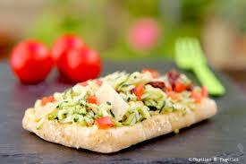 cuisiner les courgettes tartine aux courgettes râpées aux deux tomates et au parmesan