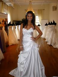 wedding dress 2011 everything she wants 2012 wedding dress trends from