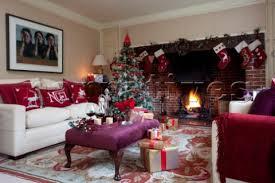 Christmas Home Decor Uk Rs008 22 Christmas Gifts And Drinks On Ottoman Footst