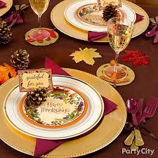 thanksgiving plastic plates themontecristos