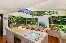 Wollongong Beach House - nsw waterfront accommodation stayz