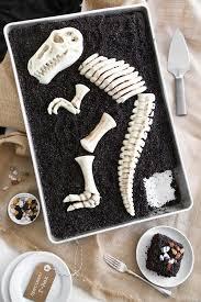 easiest dinosaur birthday party cakes and cupcakes dinosaur