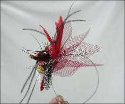 carnival headdress small colwn face mask balck ostrich and red