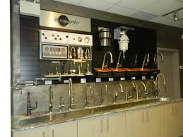 dscn6455 jpg 1280 960 showroom kitchen faucet displays