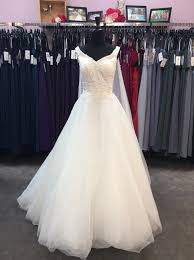 elsa wedding dress alfred angelo ivory satin tulle 259 elsa feminine wedding dress