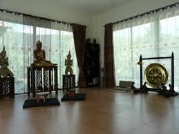 chambre bouddha centre de meditation bouddhiste en thailande