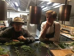 cuisine plantes sauvages alexandre lechêne propose une cuisine aux plantes sauvages tv des