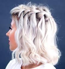 Frisuren Lange Haare Wasserfall by Die Besten 25 Wasserfall Hochzeit Ideen Auf Wald