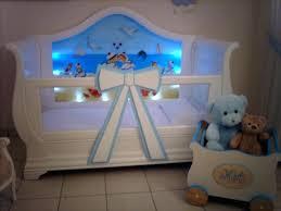 chambre bébé lit plexiglas lit bebe plexiglas lit plexiglas bebe simple lit bb de nuit