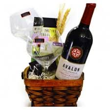 wine baskets gift baskets planet wine and liquor