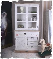 vitrine pour cuisine meuble cuisine shabby chic meuble tlvision commode shabby chic