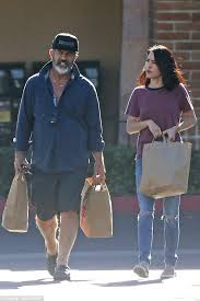 mel gibson picks up groceries with rosalind ross in malibu daily