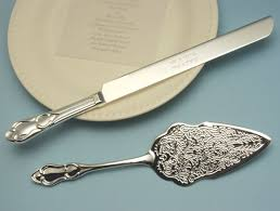 wedding cake cutting set engraved and embossed serving set