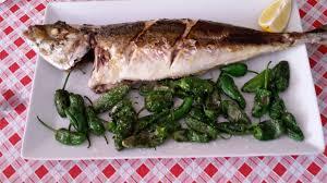 cuisine à la plancha file jurel a la plancha con pimientos jpg wikimedia commons