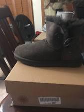 ugg womens boots size 10 ugg womens boots mini ii serein black size 6 ebay