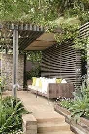 idee de jardin moderne pergola moderne idées et astuces pour la déco pergola été