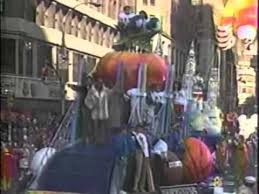 1988 macy s thanksgiving day parade intro four tops santa