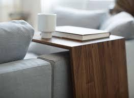 table d appoint pour canapé tables d appoint en bois pour vos espaces de vie team 7