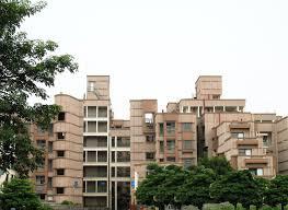 the transit flats at delhi by revathi kamath kamath design