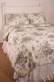 Ideas For Toile Quilt Design Bedroom Bedroom Design With Added Stylish Toile