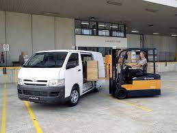 toyota hiace truck buyer u0027s guide toyota mk 5 hiace van 2005 on