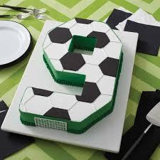 soccer cake ideas go for the goal soccer cake wilton
