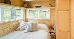new traveler xl limited tiny house can comfortably sleep up to 10